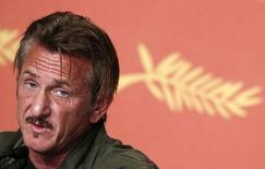 Sean Penn concede entrevista em Cannes.  20/5/2016.  REUTERS/Eric Gaillard