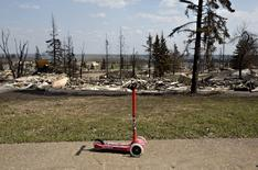 The devastated neighbourhood of Abasand is shown after being ravaged by a wildfire in Fort McMurray, Alberta, Canada, May 13, 2016.  REUTERS/Jason Franson/Pool