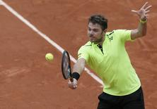 Tennis - French Open - Roland Garros - Switzerland's Stan Wawrinka vs Czech Republic's Lukas Rosol Paris, France - 23/05/16.  Switzerland's Stan Wawrinka returns the ball.  REUTERS/Gonzalo Fuentes