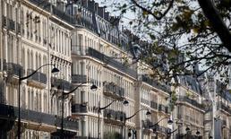 Les prix des logements anciens en France ont augmenté pour le troisième trimestre consécutif sur les trois premiers mois de 2016 avec une progression de 0,7% (en données CVS) par rapport aux trois mois précédents. Sur un an, ils renouent avec la hausse pour la première fois depuis début 2012, avec une progression de 0,5% par rapport au premier trimestre 2015. /Photo d'archives/REUTERS/Charles Platiau