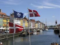 Le Danemark a fortement revu à la baisse sa prévision de croissance pour cette année, ne tablant plus que sur une hausse du produit intérieur brut (PIB) de 1,1% contre une progression de 1,9% anticipée en décembre. /Photo d'archives/REUTERS/Teis Hald Jensen