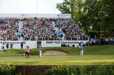 Britain Golf - BMW PGA Championship - Wentworth Club, Virginia Water, Surrey, England - 28/5/16. Australia's Scott Hend putting on the 18th green during the third round. Action Images / Andrew Boyers Livepic