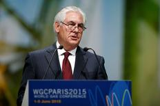 ExxonMobil Chairman and CEO Rex Tillerson speaks during the 26th World Gas Conference in Paris, France, June 2, 2015.  REUTERS/Benoit Tessier  - RTR4YGKX