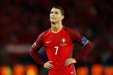Ronaldo et le Portugal n'y arrivent pas/Photo prise le 18 juin 2016/REUTERS/Darren Staples