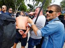 Torcedor polonês detido pela polícia em Marselha.     21/06/2016         REUTERS/Wolfgang Rattay