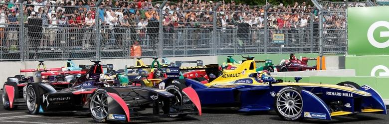 Formula E to hold Las Vegas virtual race  Reuters