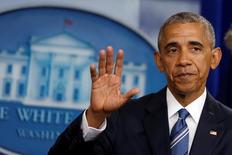 Барак Обама после выступления в Вашингтоне. Президент США Барак Обама сказал в пятницу, что уважает решение Британии покинуть Европейский союз, а отношения США с Соединенным Королевством от этого не пострадают. REUTERS/Carlos Barria