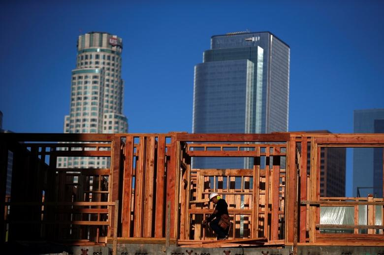 A construction worker on a building site in downtown Los Angeles, California, in this March 10, 2015 file photo. REUTERS/Lucy Nicholson