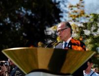 Presidente do Comitê Rio 2016, Carlos Nuzman, discursa ao lado da chama olímpica no museu olímpico em Lausanne, na Suíça 29/04/2016 REUTERS/Denis Balibouse