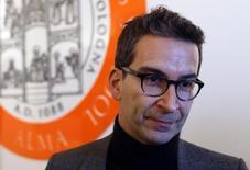 Le patron de Yoox Net-A-Porter, Federico Marchetti. Le site italien de vente de prêt-à-porter  espère faire passer sa marge bénéficiaire dans une fourchette de 11% à 13% d'ici 2020, contre 8% l'an dernier, en exploitant le potentiel offert par les ventes via les terminaux mobiles. /Photo prise le 1er mars 2016/REUTERS/Stefano Rellandini