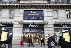 Pour la première fois en France et en Europe, l'Autorité de la concurrence prendra en compte le marché du e-commerce dans son appréciation sur les conséquences concurrentielles du rapprochement entre la Fnac et Darty. /Photo d'archives/REUTERS/Charles Platiau