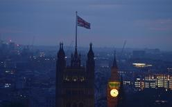 Dawn breaks over London as votes are counted for the EU referendum, Britain June 24, 2016. REUTERS/Toby Melville