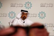 Imagen de archivo del ministro de Energía saudita, Khalid al-Falih, en una conferencia de prensa en Yeda, Arabia Saudita. 7 de junio, 2016. La industria del petróleo requiere un precio sobre 50 dólares por barril para sostener las inversiones, dijo el ministro saudí de Energía en entrevista a un diario alemán, y agregó que la presión bajista sobre los precios prevalecería debido al exceso en las existencias de crudo. REUTERS/Faisal Al Nasser