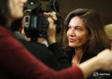 Diretora Anne Fontaine fala com jornalistas durante o Sundance Film Festival em Park City, em Utha 18/01/2013.  REUTERS/Jim Urquhart