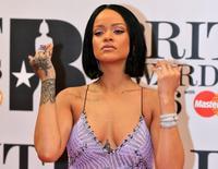 Cantora pop Rihanna durante evento em Londres.    24/02/2016       REUTERS/Paul Hackett