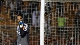 Prass gesticula durante jogo do Palmeiras na Copa Libertadores. 14/2/2013.  REUTERS/Nacho Doce