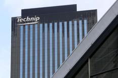 Si Technip, spécialiste des équipements pétroliers, publie des résultats en repli au titre du deuxième trimestre, il fait état d'un certain regain d'optimisme du secteur et relève ses objectifs. /Photo d'archives/REUTERS/Jacky Naegelen