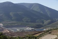 A mine of Canadian mining giant Goldcorp is pictured near the village of Carrizalillo, Mexico November 12, 2015. Picture taken November 12, 2015.  REUTERS/Henry Romero