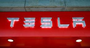 The logo of U.S. car manufacturer Tesla is seen in Zurich, Switzerland July 14, 2016.     REUTERS/Arnd Wiegmann  - RTSKQ2L