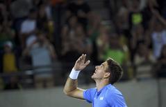Tenista argentino De Potro, comemora vitória sobre Djokovic nos Jogos do Rio 7/8/2016 REUTERS/Toby Melville
