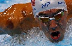 Michael Phelps (USA) of USA competes.  REUTERS/David Gray