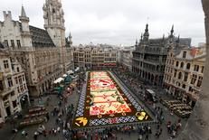 A giant flower carpet made of begonias and dahlias is pictured on Brussels' Grand Place celebrating the Belgo-Japanese friendship in Brussels, August 12, 2016. REUTERS/Francois Lenoir