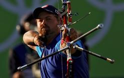 2016 Rio Olympics - Archery - Semifinal - Men's Individual Semifinal - Sambodromo - Rio de Janeiro, Brazil - 12/08/2016. Brady Ellison (USA) of USA comepetes. REUTERS/Leonhard Foeger