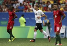 Philipp Max comemora gol da Alemanha contra Portugal.  13/08/2016.  REUTERS/Ueslei Marcelino