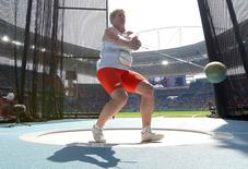 2016 Rio Olympics - Athletics - Final - Women's Hammer Throw Final - Olympic Stadium - Rio de Janeiro, Brazil - 15/08/2016. Anita Wlodarczyk (POL) of Poland competes. REUTERS/Phil Noble