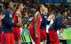 2016 Rio Olympics - Basketball - Women's Semifinal France v USA - Carioca Arena 1 - Rio de Janeiro, Brazil - 18/8/2016. United States players cheer from the bench during the game. REUTERS/Shannon Stapleton   FOR EDITORIAL USE ONLY. NOT FOR SALE FOR MARKETING OR ADVERTISING CAMPAIGNS.