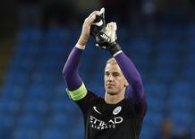 Joe Hart após partida do Manchester City.      24/08/2016 Action Images via Reuters / Carl Recine Livepic