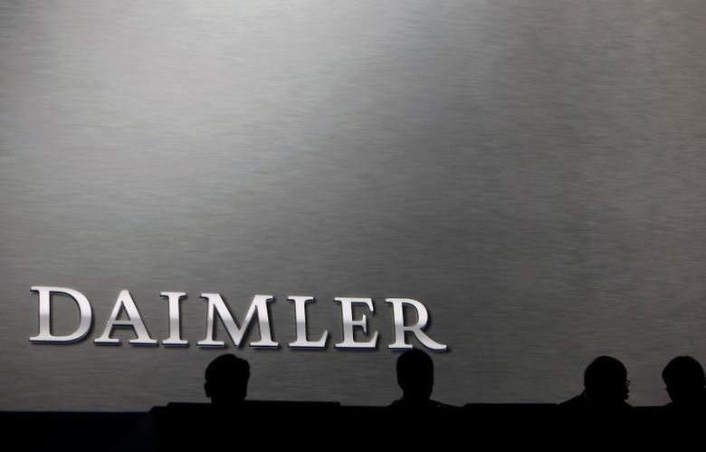 Daimler board members sit on the podium during the company's annual news conference in Stuttgart, Germany, February 4, 2016. REUTERS/Michaela Rehle/File photo