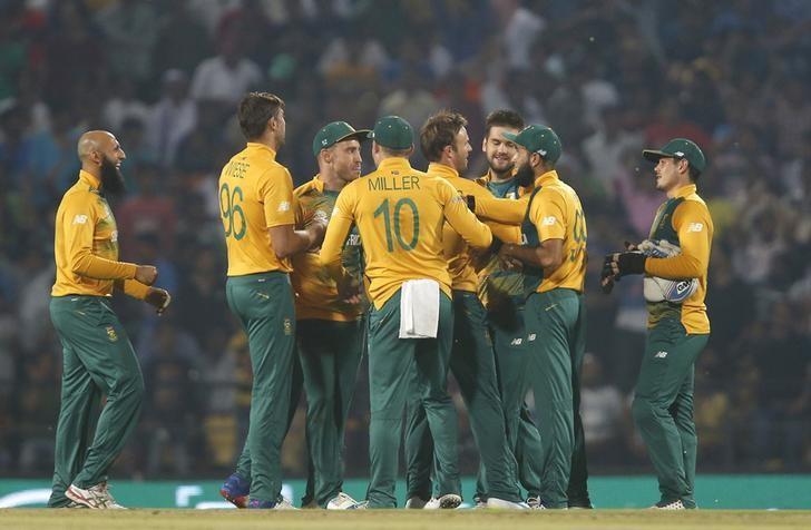 Cricket - South Africa v West Indies - World Twenty20 cricket tournament - Nagpur, India, 25/03/2016. South Africa's players celebrate the dismissal of West Indies Andre Fletcher. REUTERS/Danish Siddiqui/Files