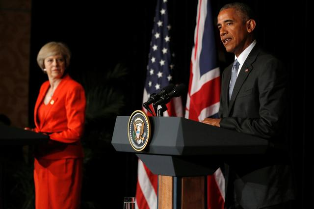 Britain's Prime Minister Theresa May (L) and U.S. President Barack Obama speak to reporters after their bilateral meeting alongside the G20 Summit, in Ming Yuan Hall at Westlake Statehouse in Hangzhou, China September 4, 2016. REUTERS/Jonathan Ernst