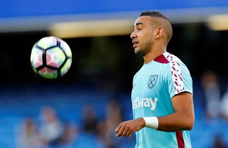 Chelsea v West Ham United - Premier League - Stamford Bridge - 15/8/16West Ham United's Dimitri Payet warms up before the matchReuters / Eddie Keogh Livepic