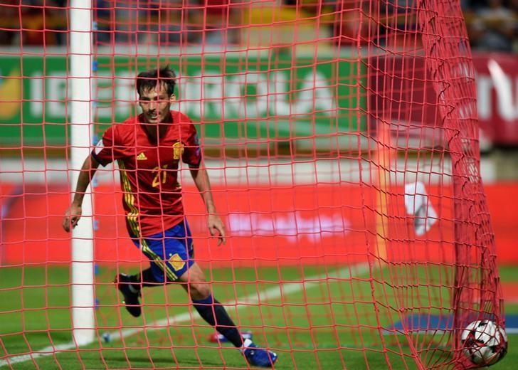 Football Soccer - Spain v Liechtenstein - World Cup 2018 Qualifying European Zone - Group G- Reino de Leon stadium, Leon, Spain - 5/9/16 Spain's David Silva celebrates his goal. REUTERS/Eloy Alonso