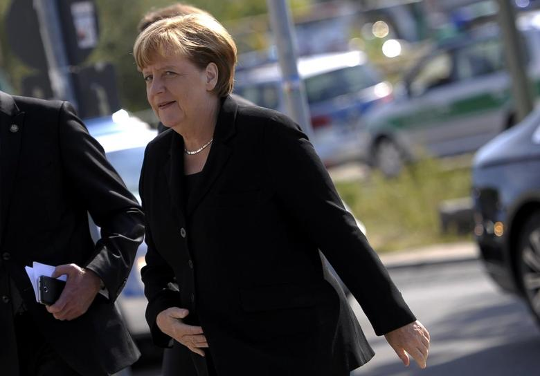 German Chancellor Angela Merkel arrives for the state funeral of former President Walter Scheel in Berlin, Germany, September 7, 2016. REUTERS/Stefanie Loos