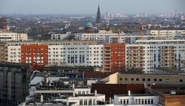 """A Berlin. La croissance économique allemand devrait atteindre 1,9% cette année à la faveur de la bonne tenue de la demande intérieure mais ce taux devrait être ensuite divisé par près de deux en 2017, sous le coup des conséquences du """"Brexit"""" sur les exportateurs allemands, dit jeudi l'institut DIW. /Photo prisele 1er mars 2016/REUTERS/Fabrizio Bensch"""
