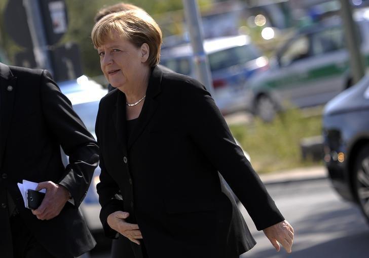 German Chancellor Angela Merkel arrives for the state funeral of former President Walter Scheel in Berlin, Germany, September 7, 2016. REUTERS/Stefanie Loos