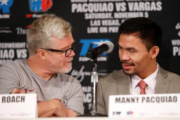 USA Boxing - Manny Pacquiao & Jessie Vargas - Head-to-Head Press Conference - Beverly Hills Hotel, Beverly Hills - 8/9/16Manny Pacquiao & Freddie Roach during the press conference. REUTERS/Lucy Nicholson