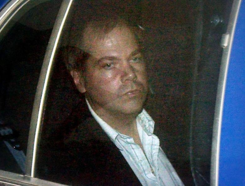 John Hinckley Jr. arrives at the E. Barrett Prettyman U.S. District Court in Washington D.C. November 19, 2003.  REUTERS/Brendan Smialowski/Files