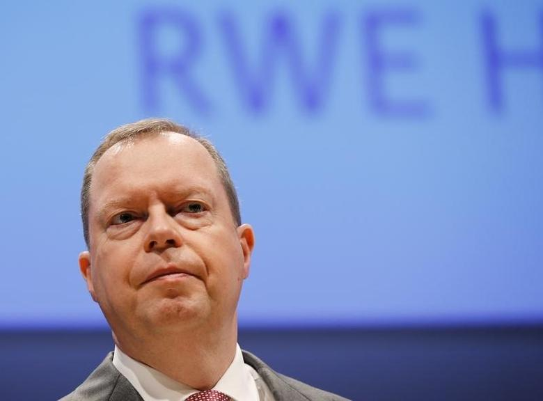 Peter Terium, chief executive of German power supplier RWE, is pictured before the annual RWE shareholders meeting in Essen, Germany April 20, 2016.     REUTERS/Wolfgang Rattay