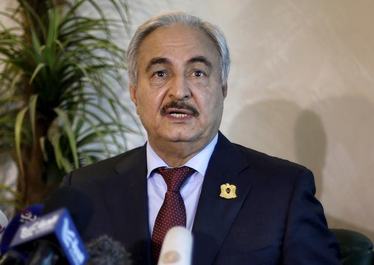 Libyan General Khalifa Haftar, chief of the army loyal to the internationally recognized government, speaks during a news conference in Amman, Jordan August 24, 2015. REUTERS/Muhammad Hamed