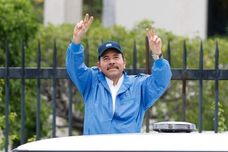 Nicaragua's President Daniel Ortega gestures during the celebrations to mark the 37th anniversary of the Sandinista Revolution in Managua, Nicaragua July 19, 2016. Miraflores Palace/Handout via REUTERS