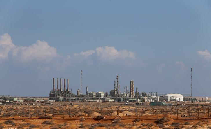 General view of the industrial zone at the oil port of Ras Lanuf March 11, 2014. REUTERS/Esam Omran Al-Fetori/File Photo