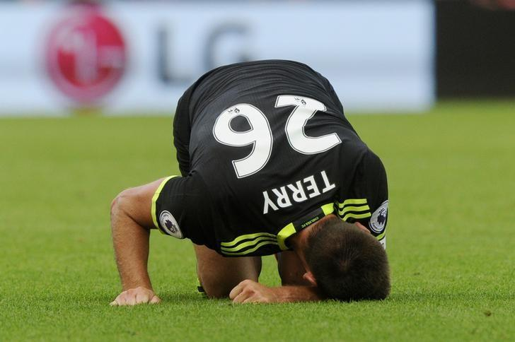 Britain Soccer Football - Swansea City v Chelsea - Premier League - Liberty Stadium - 11/9/16Chelsea's John Terry reacts after sustaining an injuryReuters / Rebecca NadenLivepic