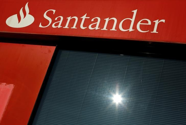 A logo of Santander, the euro zone's largest lender by market value, is seen on a branch in the Andalusian capital of Seville, southern Spain January 27, 2016.  REUTERS/ Marcelo del Pozo/File Photo