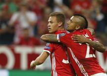 Joshua Kimmich comemora gol do Bayern de Munique. 13/9/16      REUTERS/Michaela Rehle
