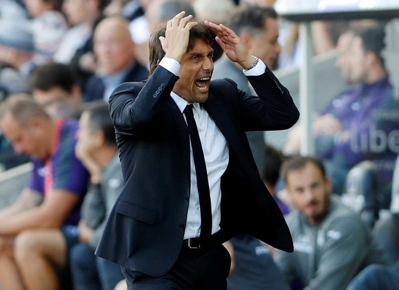 Britain Soccer Football - Swansea City v Chelsea - Premier League - Liberty Stadium - 11/9/16Chelsea manager Antonio Conte Action Images via Reuters / Carl Recine