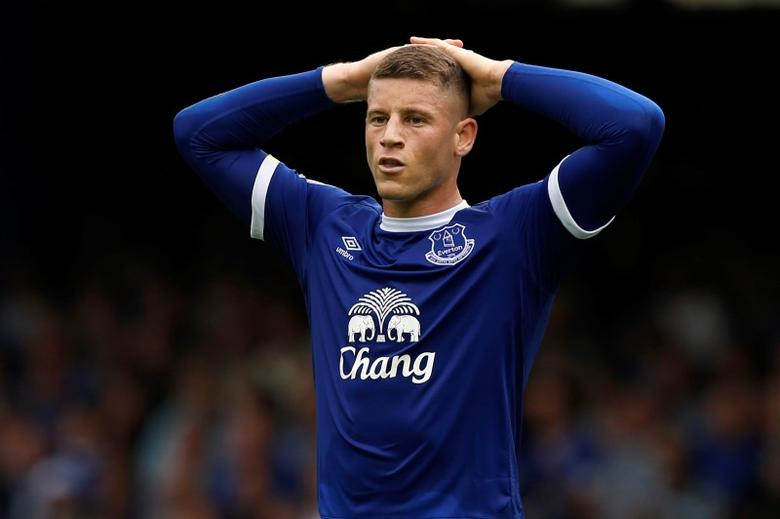 Football Soccer Britain - Everton v Stoke City - Premier League - Goodison Park - 27/8/16Everton's Ross Barkley looks dejectedAction Images via Reuters / Ed SykesLivepic